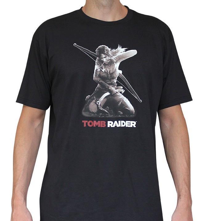 TOMB RAIDER - T-Shirt Lara à Genoux Homme (L)