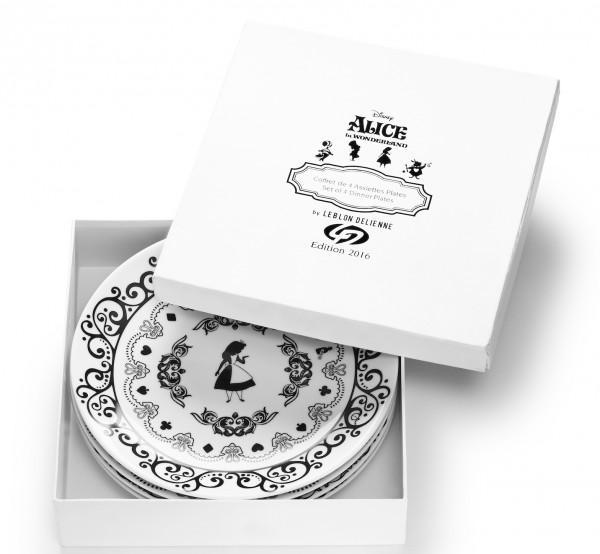 DISNEY - ALICE - 4 Assiettes Plates 'Porcelaine'