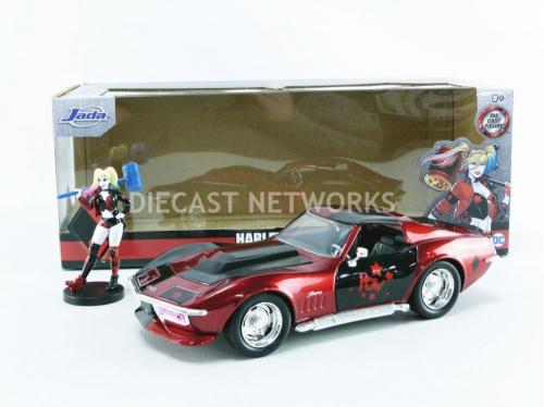 DC COMICS - Harley Quinn 19696 Chevy Corvette Stingray - 1:24