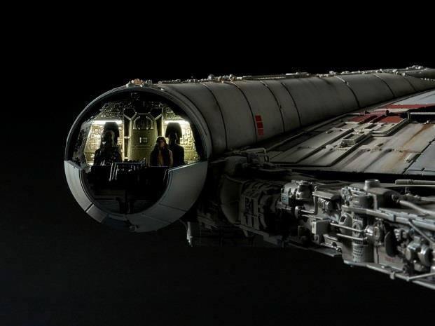 STAR WARS - Model Kit Perfect Grade - Millenium Falcon - 48cm_5