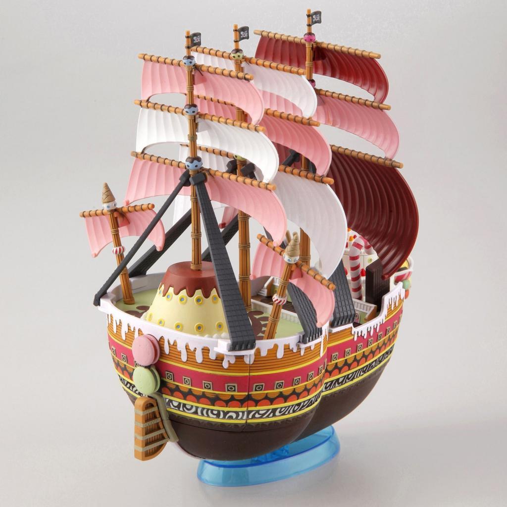 ONE PIECE - Model Kit - Ship - Queen Mama Chanter - 15 CM_5
