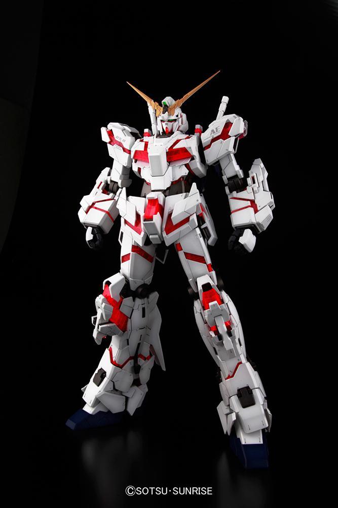 GUNDAM - Model Kit - PG Unicorn RX-0 1/60_2