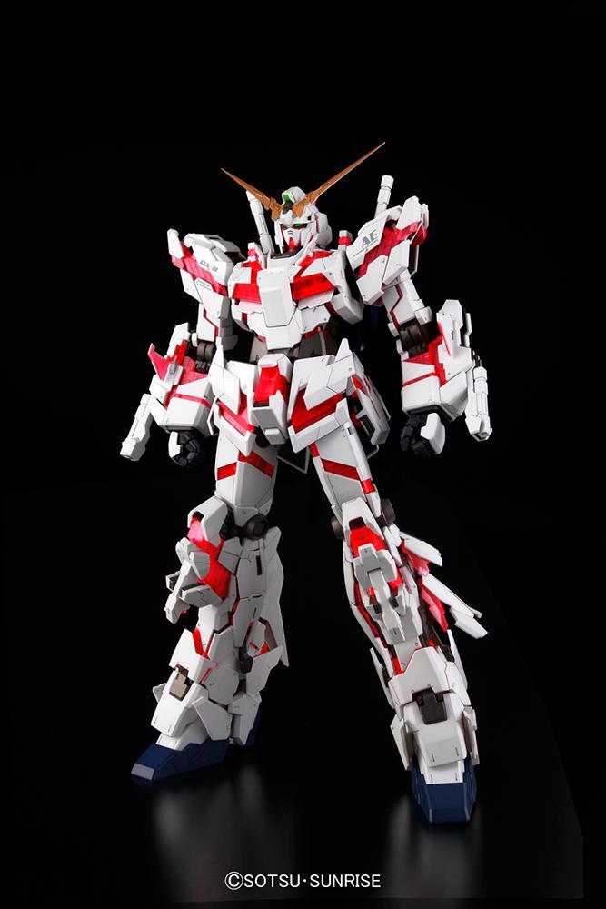 GUNDAM - Model Kit - PG Unicorn RX-0 1/60_4