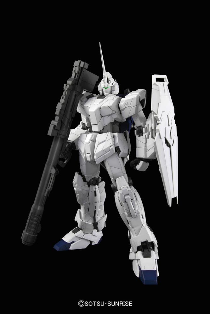 GUNDAM - Model Kit - PG Unicorn RX-0 1/60_5