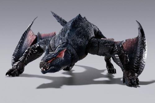 MONSTER HUNTER - Nargacuga - Figurine articulée SH MonsterArts 30cm