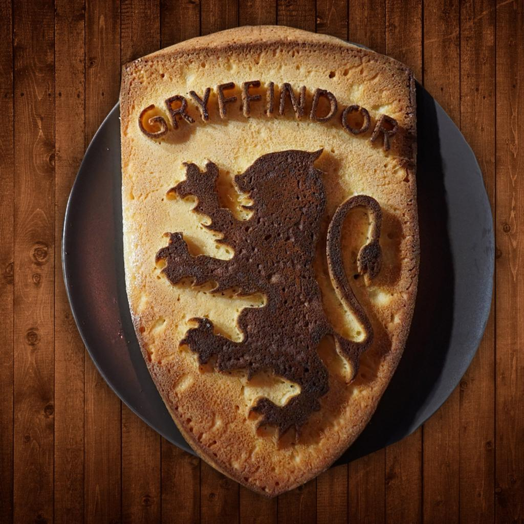 HARRY POTTER - Moule à gâteaux en silicone Gryffondor
