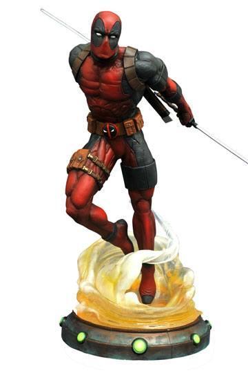 MARVEL GALLERY - Deadpool - 23cm