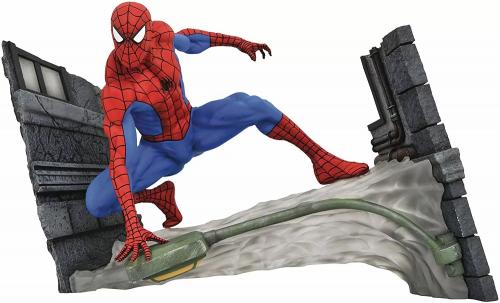 MARVEL - Comic Gallery Statuette Spider-Man Webbing - 18cm