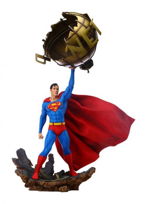 DC COMICS - Statuette 1/6 - Superman 62cm