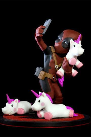 MARVEL - Q-Fig 10 cm - Deadpool Unicorn Selfie