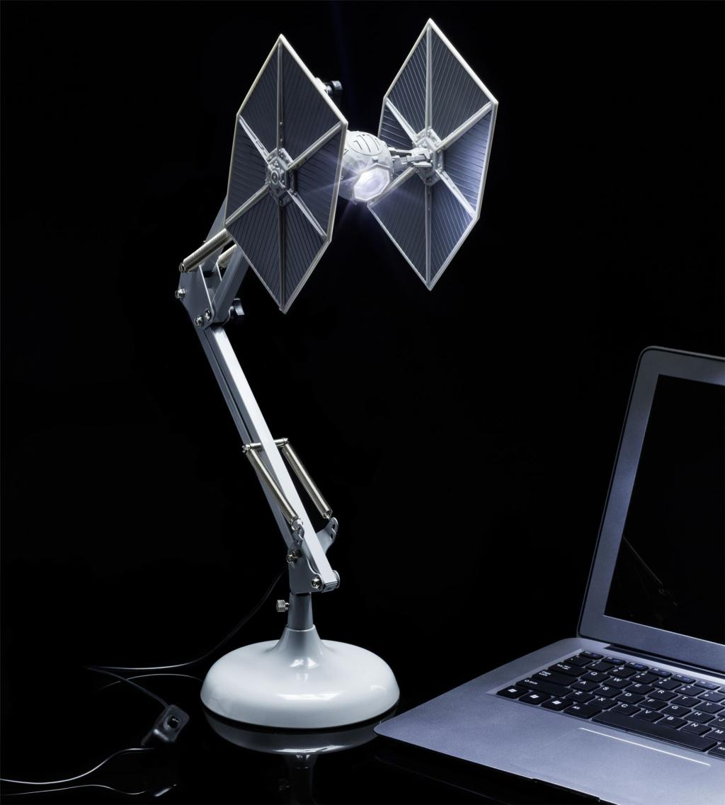 STAR WARS - Chasseur TIE - Lampe Positionable
