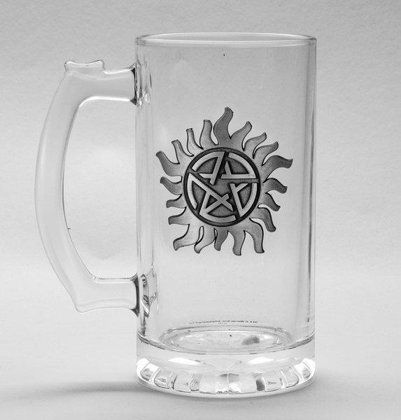 SUPERNATURAL - Beer Glass 500ml Metal Badge - Anti-Possession