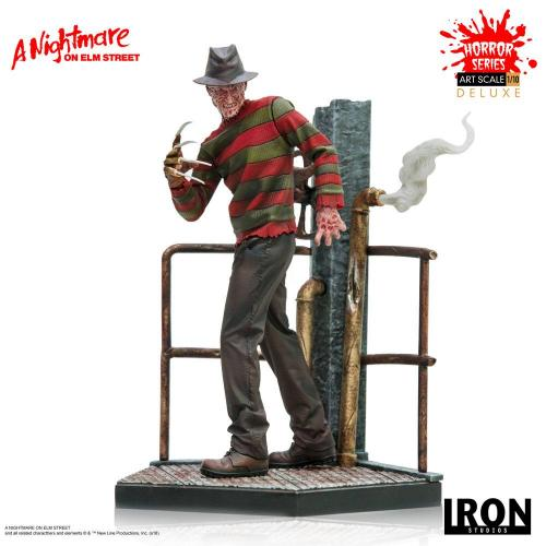 GRIFFES DE LA NUIT - Freddy Krueger Deluxe - Statuette Art Scale 19cm
