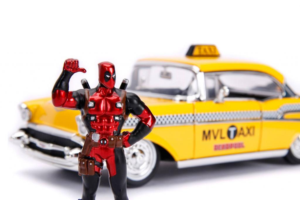DEADPOOL - METAL Die Cast - Yellow Taxi with Deadpool_4