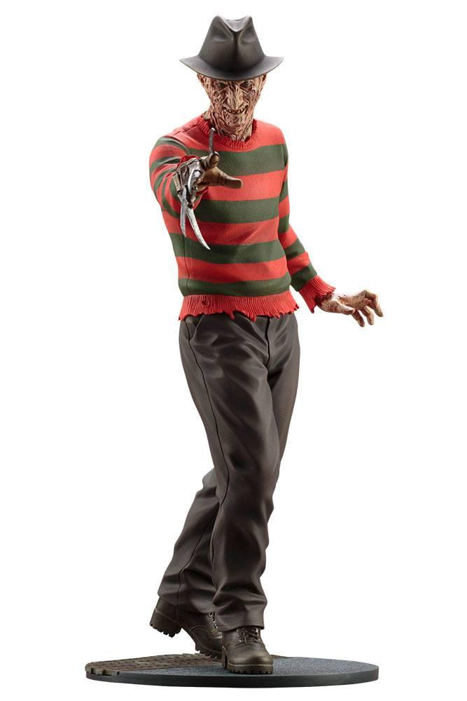 A NIGHTMARE ON ELM STREET - The Dream Master Freddy Kruger PVC - 27cm