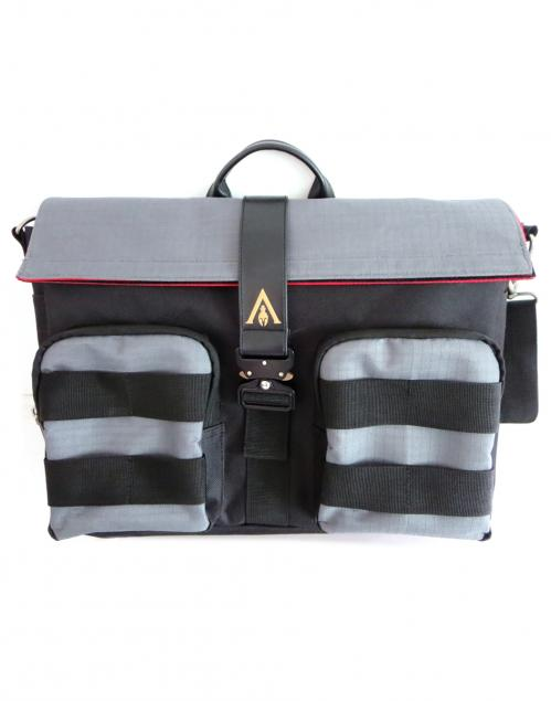 ASSASSIN'S CREED ODYSSEY - Washed Look Messenger Bag