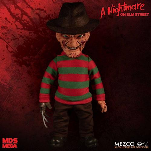 NIGHTMARE ON ELM STREET - Figurine Parlante Freddy Krueger - 38cm