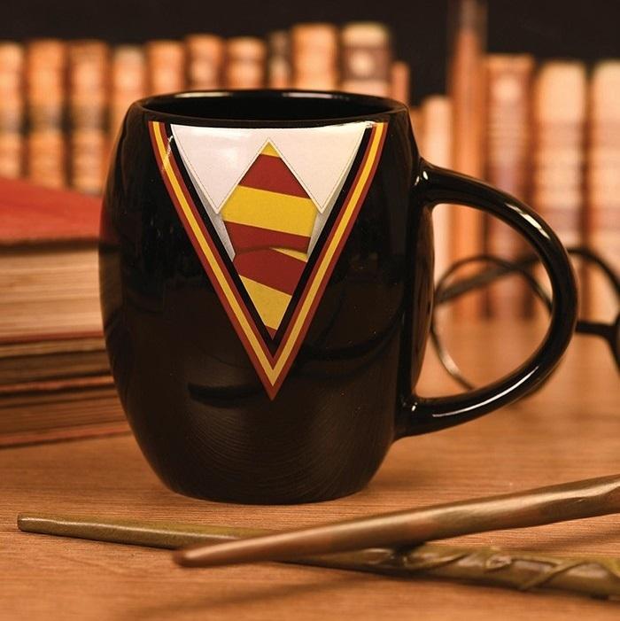 HARRY POTTER - Gryffindor Uniform - Mug oval 425ml_1