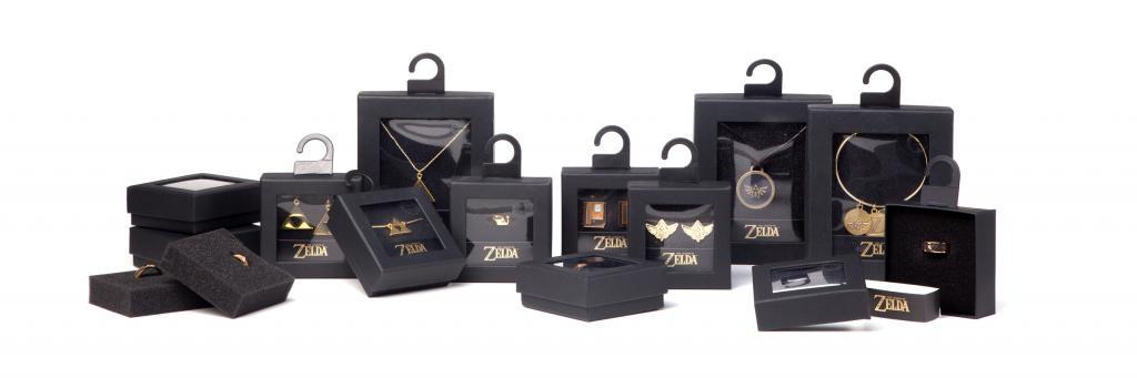 ZELDA - Golden Ring With Triforce Logo (XL)_3