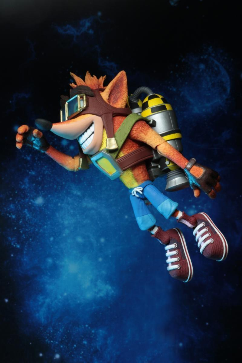 CRASH BANDICOOT - Deluxe Crash with Jetpack  Figure - 18cm_3