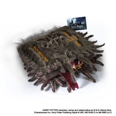 HARRY POTTER - Grande Peluche Livre des Monstres - 36cm