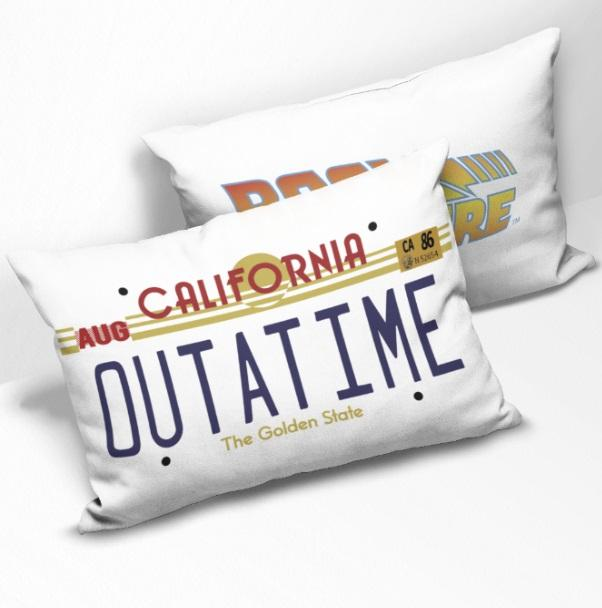 BACK TO THE FUTURE - Coussin rectangulaire - OUTATIME_1
