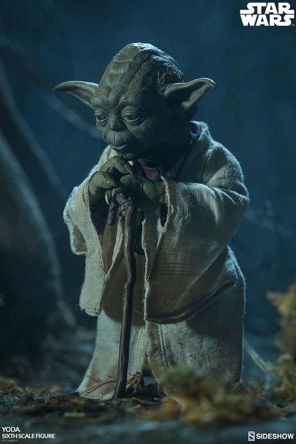 STAR WARS - Yoda - 1:6 Scale Figure