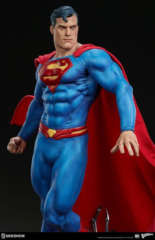 DC COMICS - Statuette Premium Format - Superman 66cm